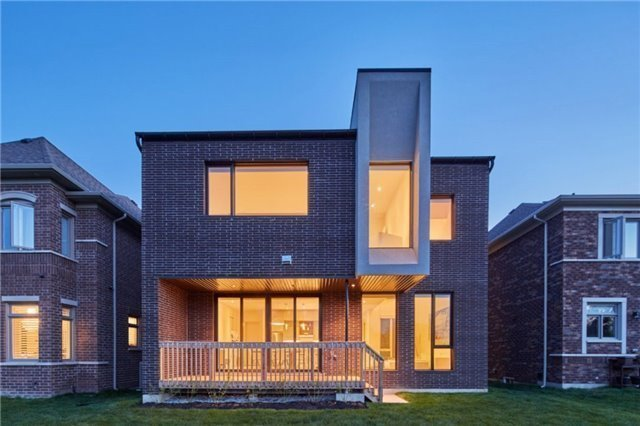 how to become a real estate agent in toronto ontario